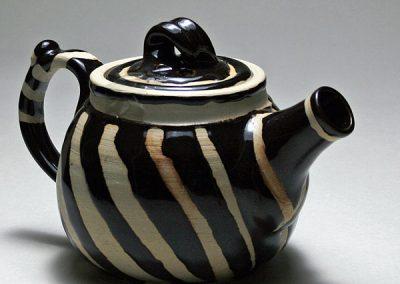 Wattlefield Pottery - Andrea Young -Teapot with tenmoku glaze